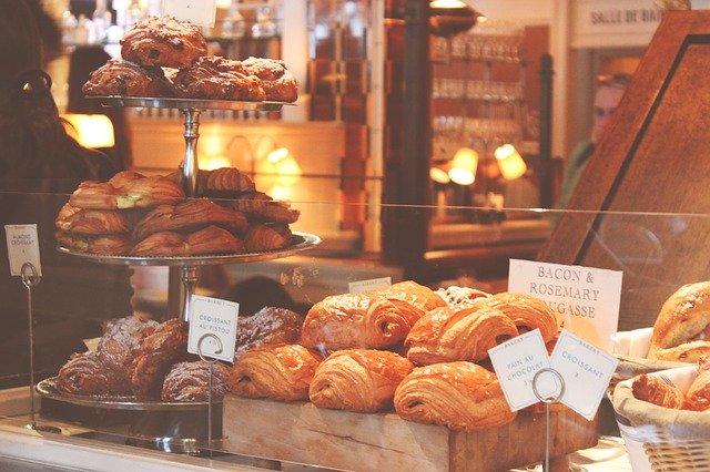 étape numéro 2, la pâtisserie et la boulangerie