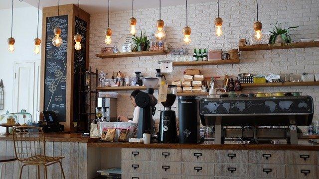 étape numéro 3, café et épicerie fine